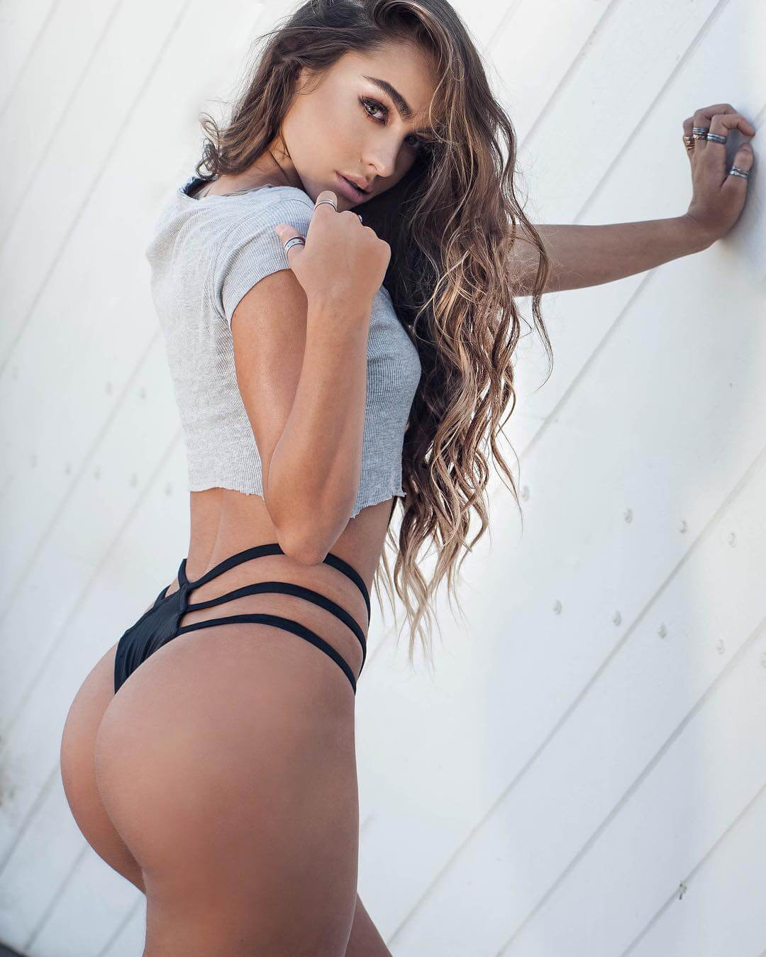 Sommer Ray hot butts pics