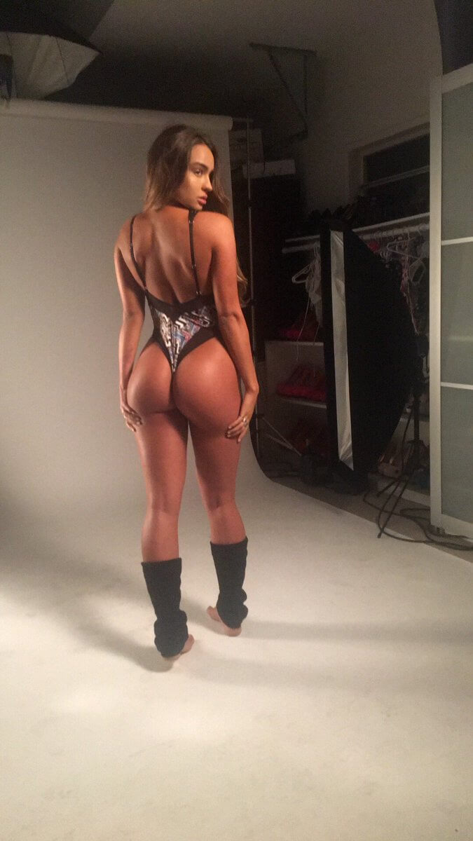 Sommer Ray sexy picture (2)