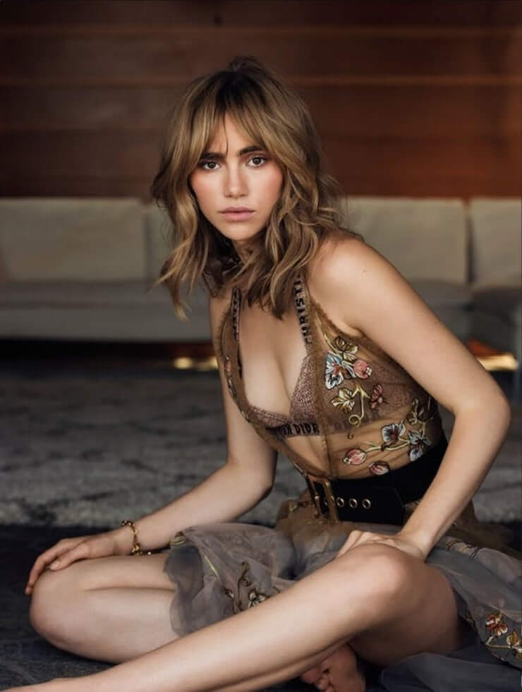 Suki Waterhouse beautiful photos