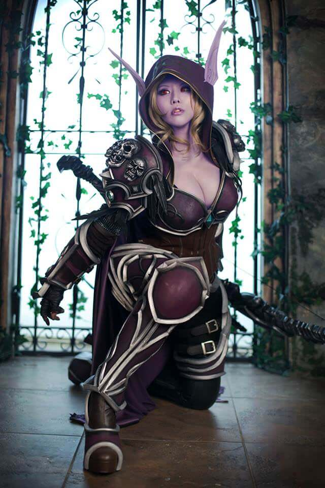 Sylvanas awesome cleavages (2)