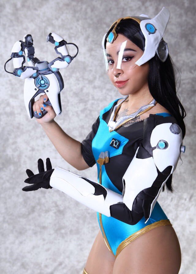 Symmetra Overwatch on Photoshoot Pics