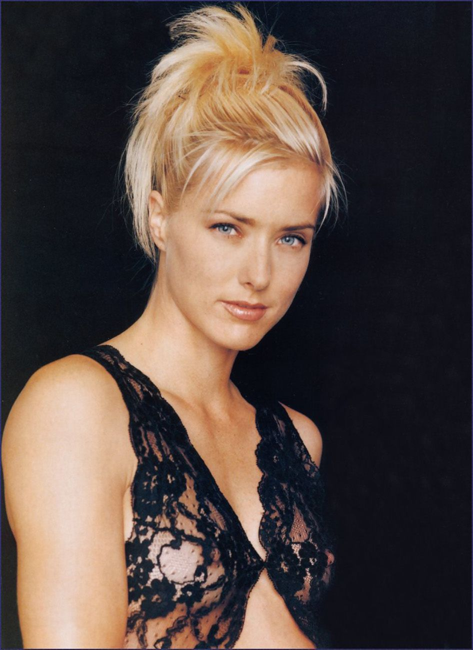 61 Hot Pictures Of Téa Leoni Are A Treat For Her Fans | Best Of Comic Books