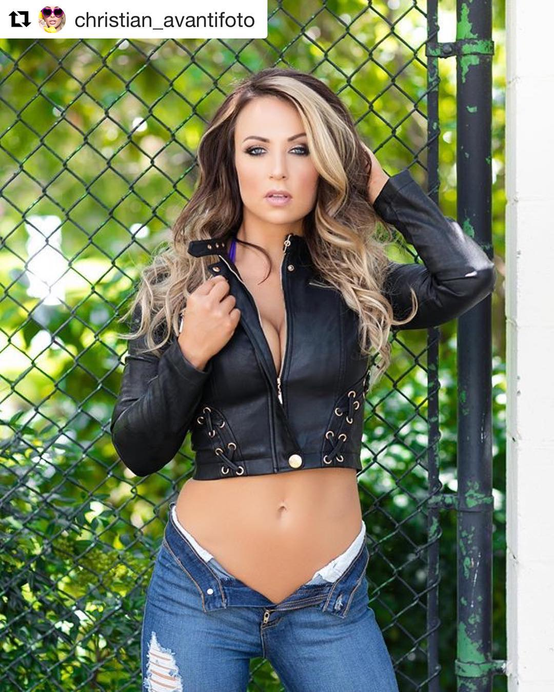 Tenille Dashwood Hot Pics