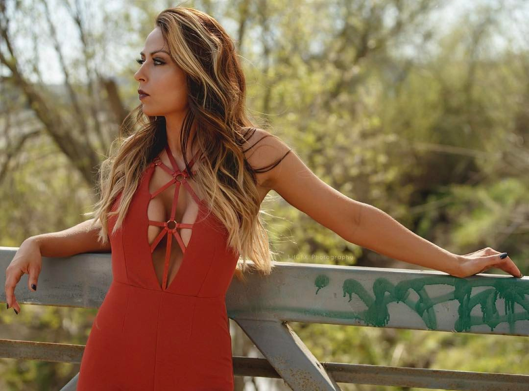 Tenille Dashwood Sexy Boobs Photo