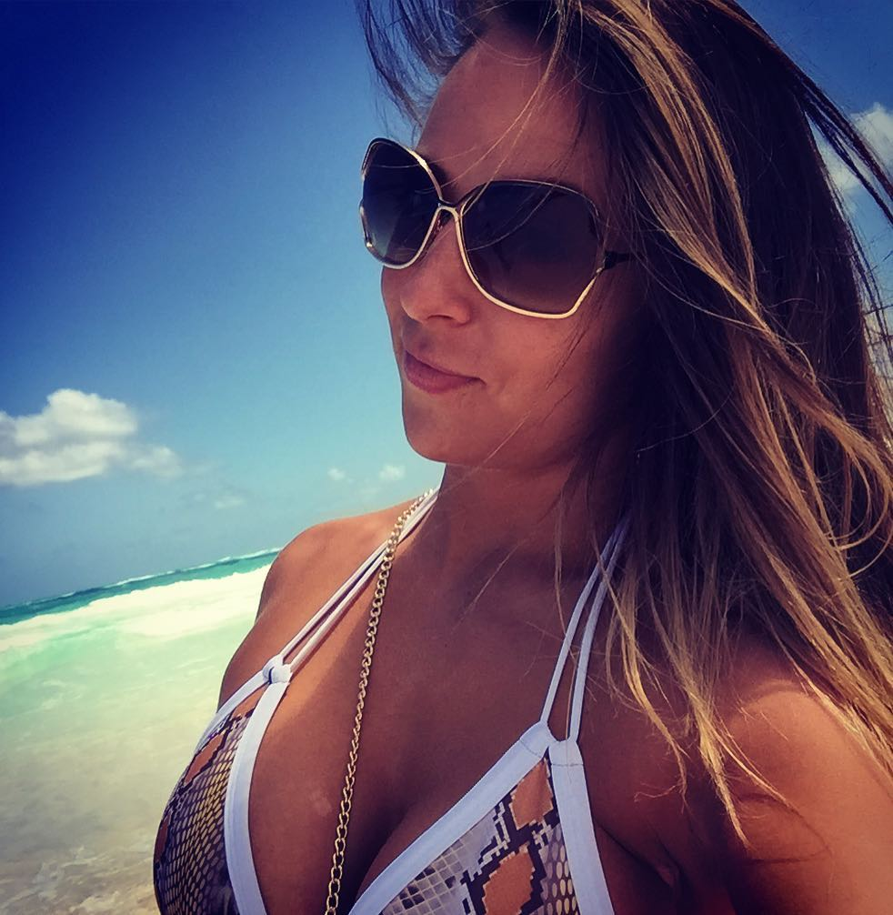 Tenille Dashwood Sexy Boobs Pictures