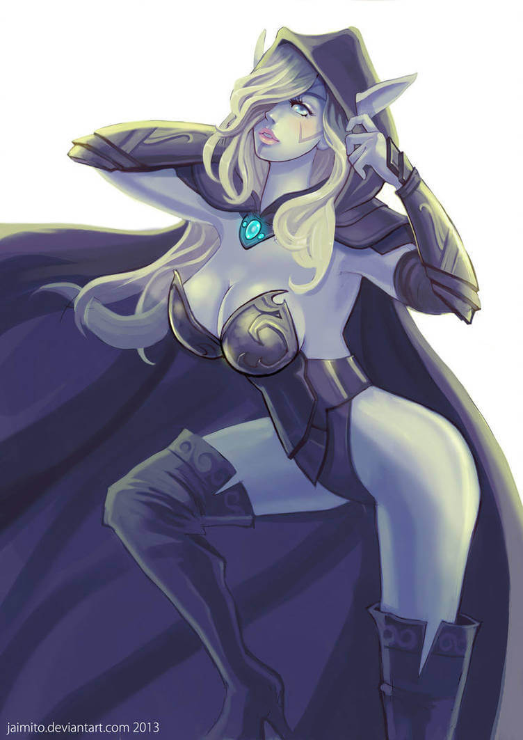Traxex the Drow Ranger sexy side look