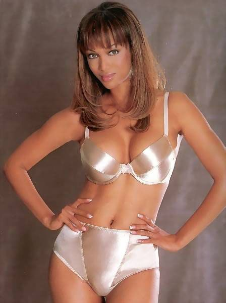 Tyra Banks Hot i Beautifull Bikini