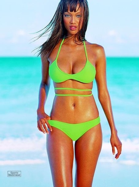 Tyra Banks Hot in Green Bikini