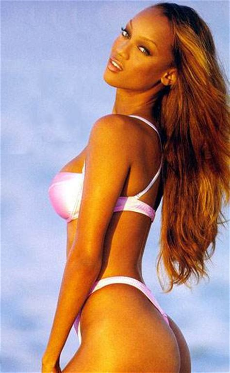 Tyra Banks Hot in White Bikini