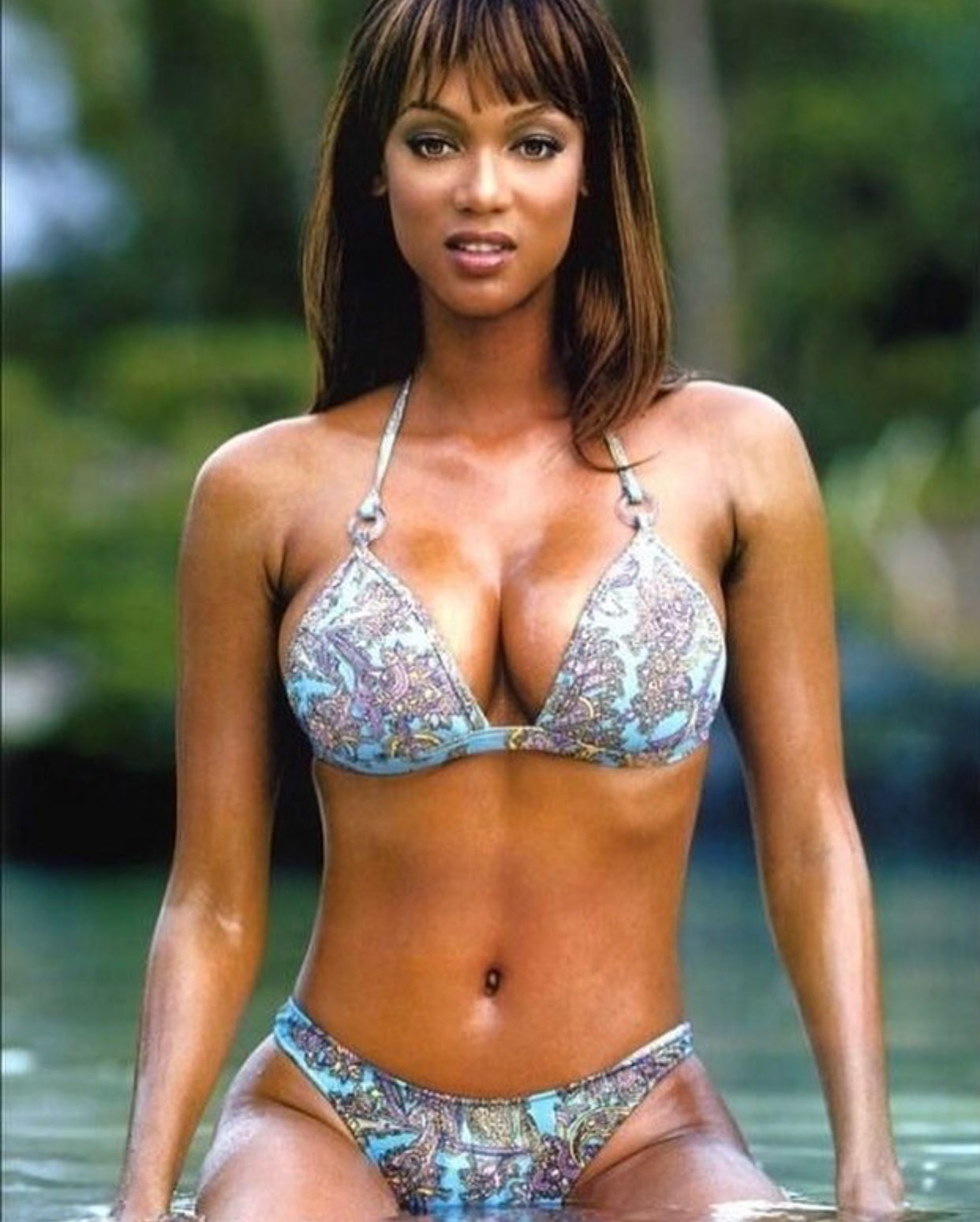Tyra Banks Sexy Big Boobs