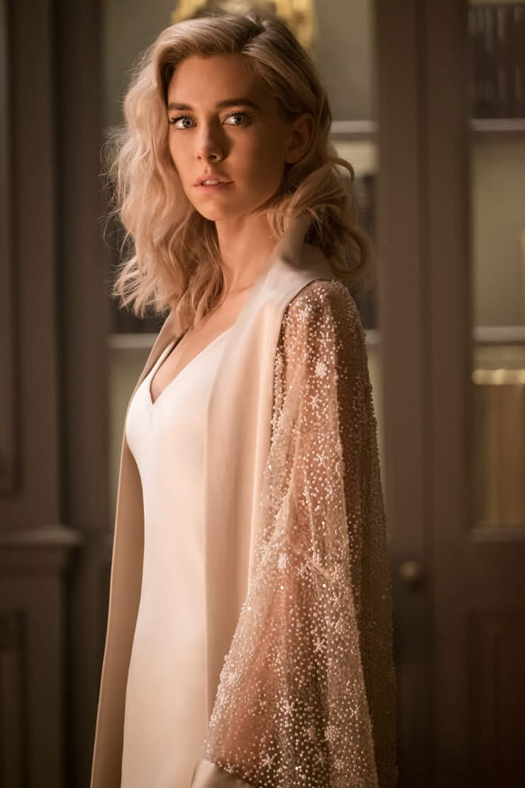 Vanessa Kirby hot side pciture