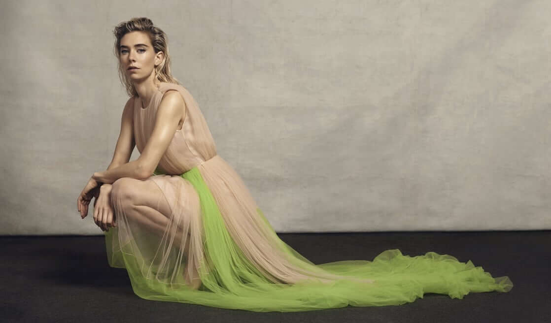 Vanessa Kirby hot side pictures