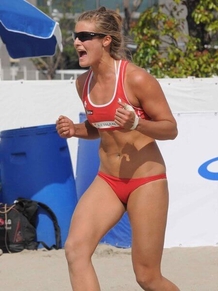 Zara Dampney sexy side pcitures