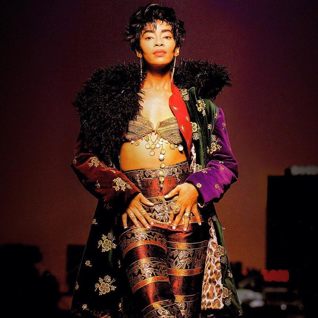 jody watley hot cleavage pics