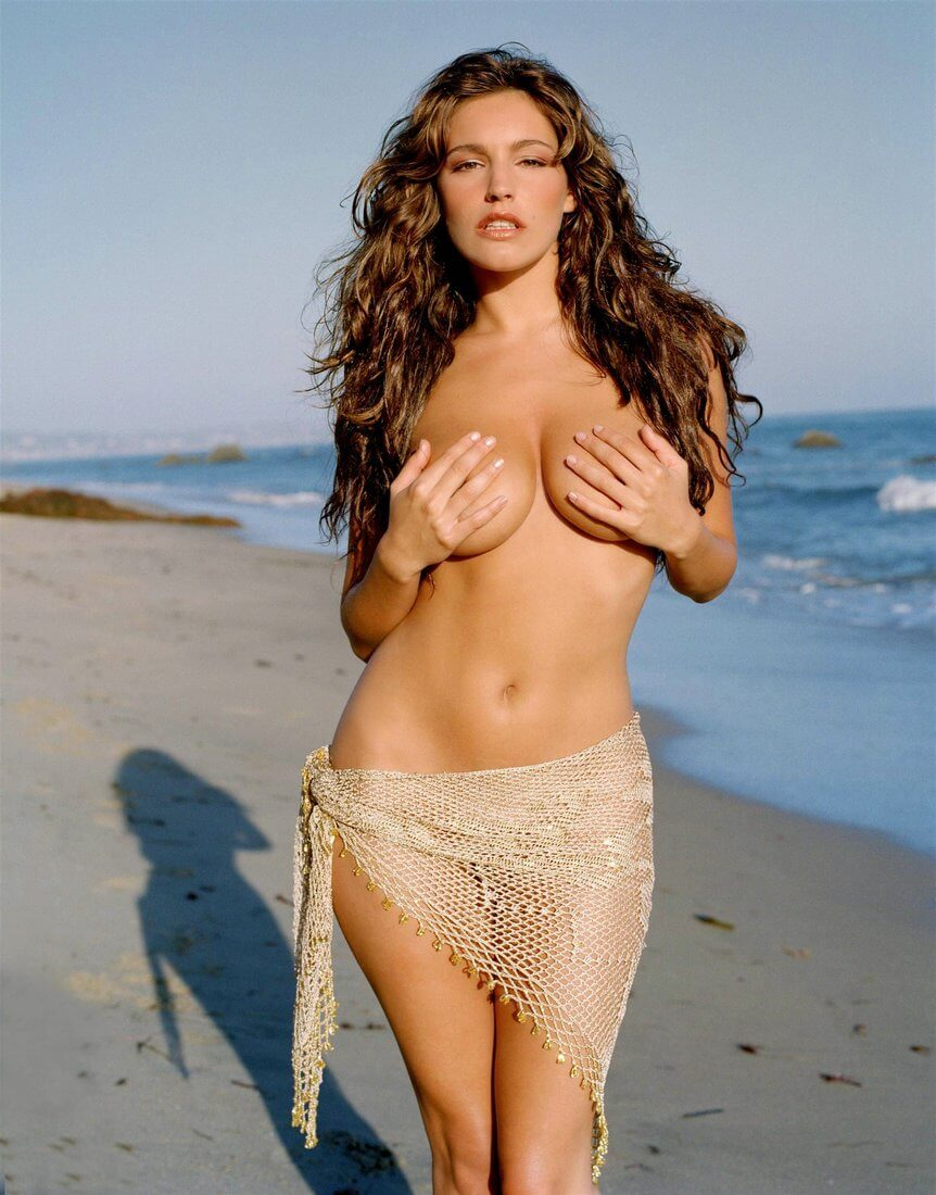 kelly_brook_01
