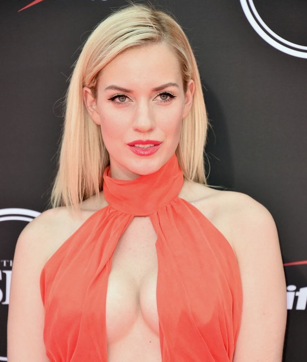 paige spiranac cleavage pictures