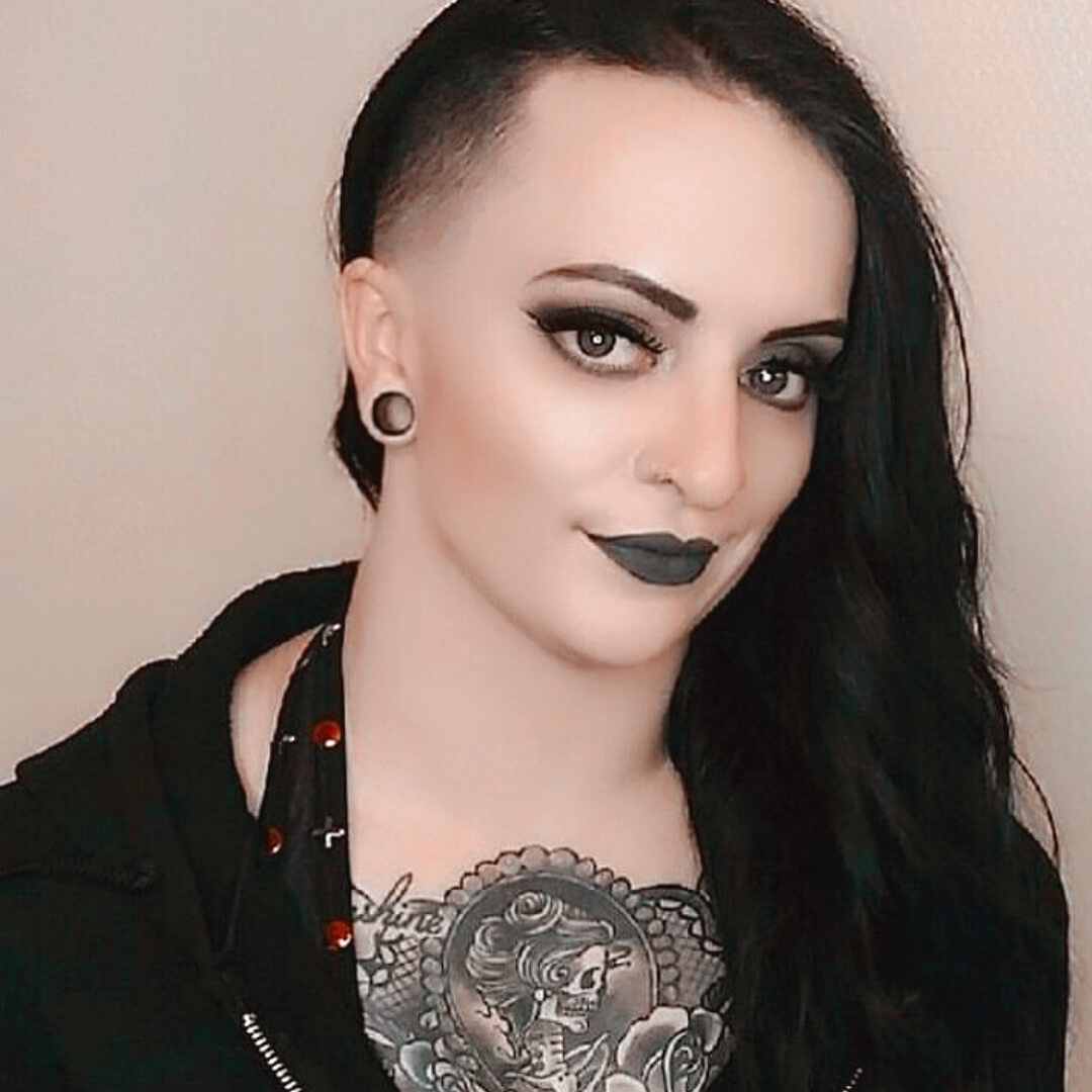 ruby riott hot eyes