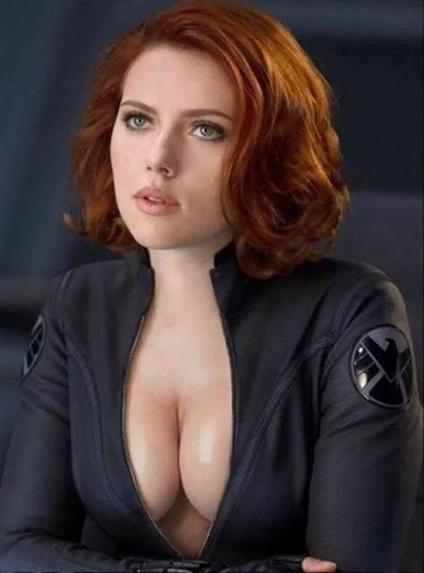black widow SEXY CLEAVAGE PICS