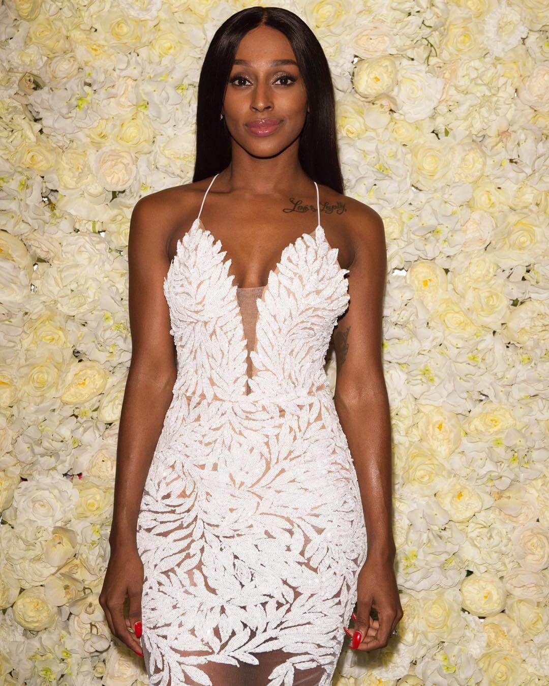 Alexandra Burke sexy white dress pic