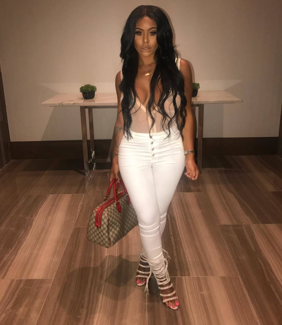 Alexis-Skyy sexy images