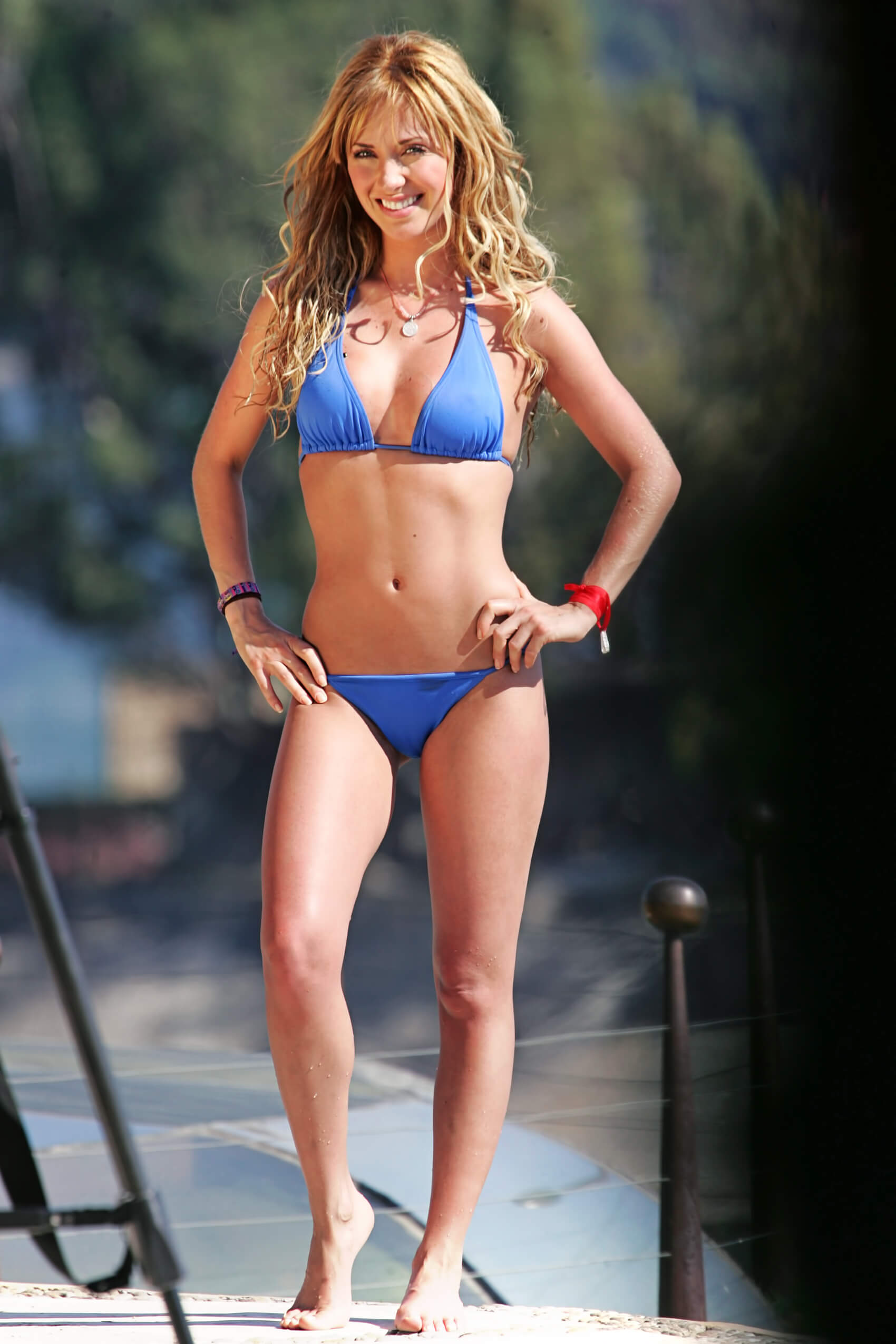 Anahi Hot 49 hot pictures of anahi which are absolutely mouth-watering
