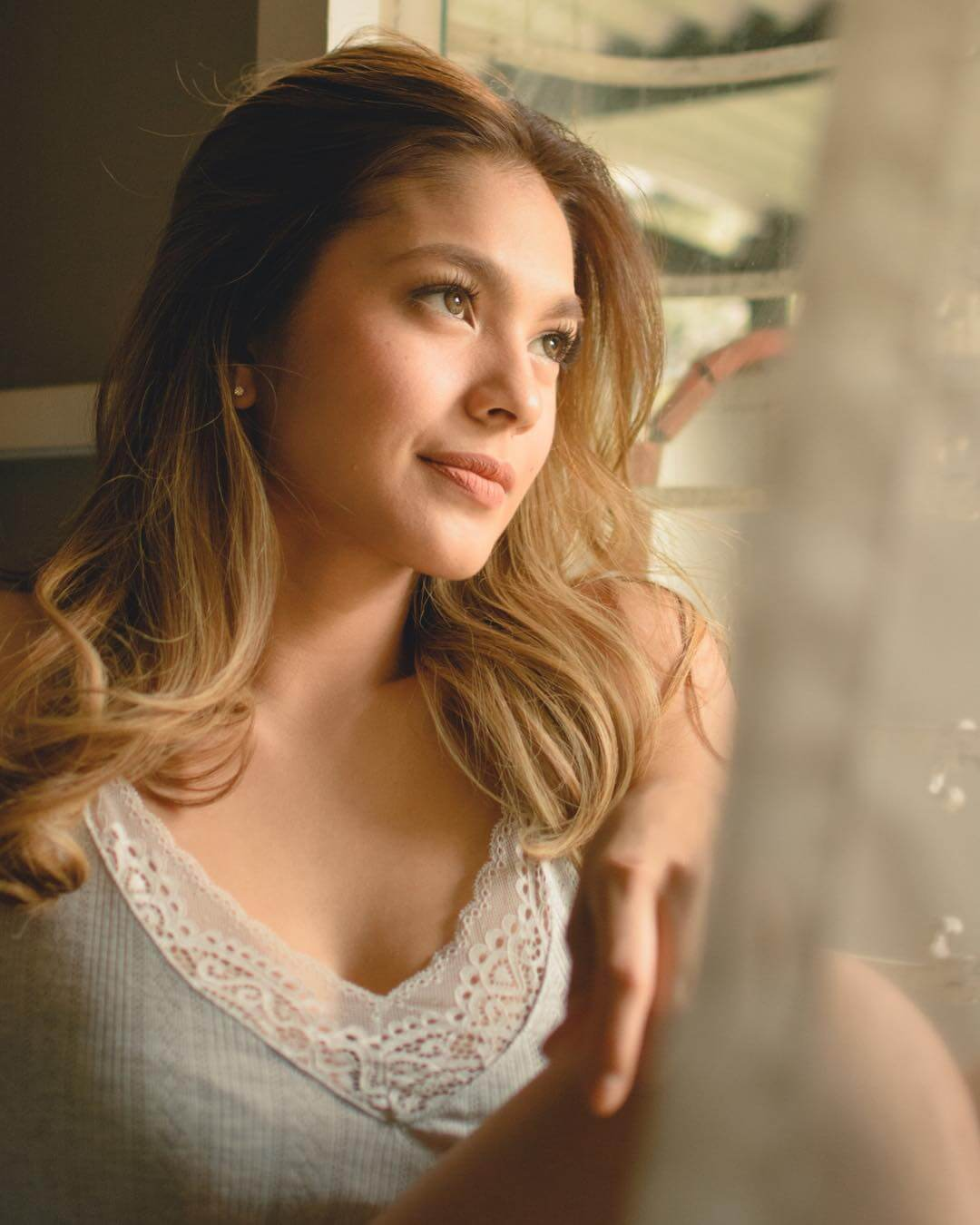 Andrea Torres sexy cleavage pic
