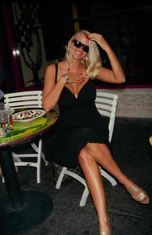 Anna Nicole Smith black