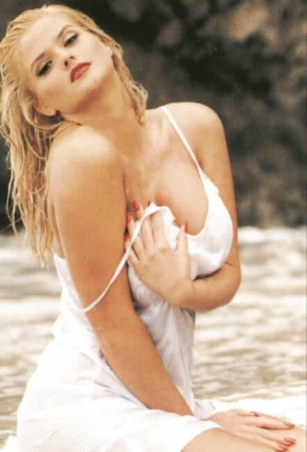 Anna Nicole Smith hot pic