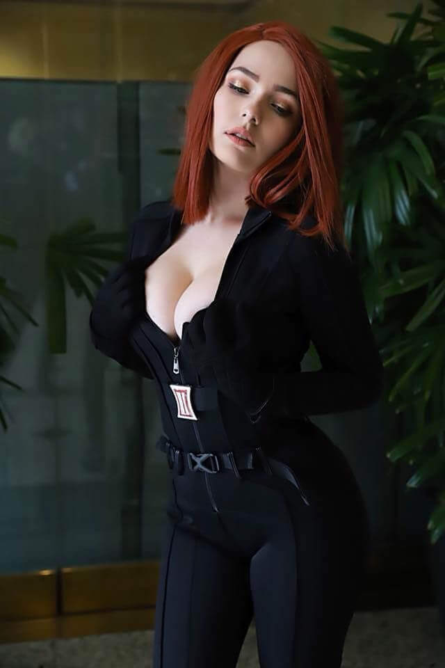 Black Widow cleavage pic