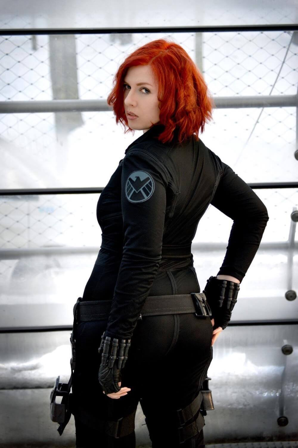 Black Widow hot butt