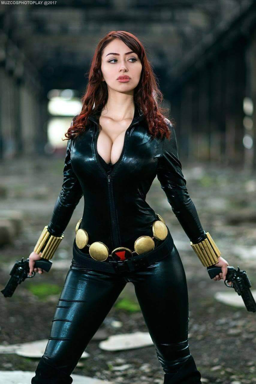 Black Widow hot cleavage photo