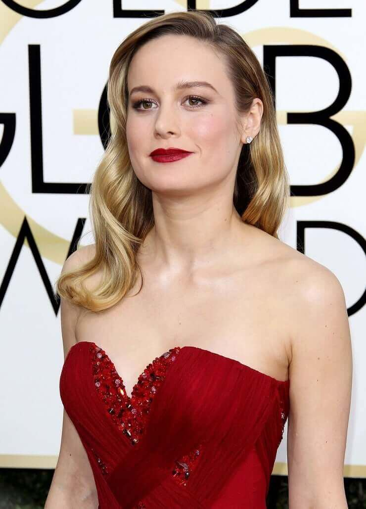 Brie Larson sexy red dress