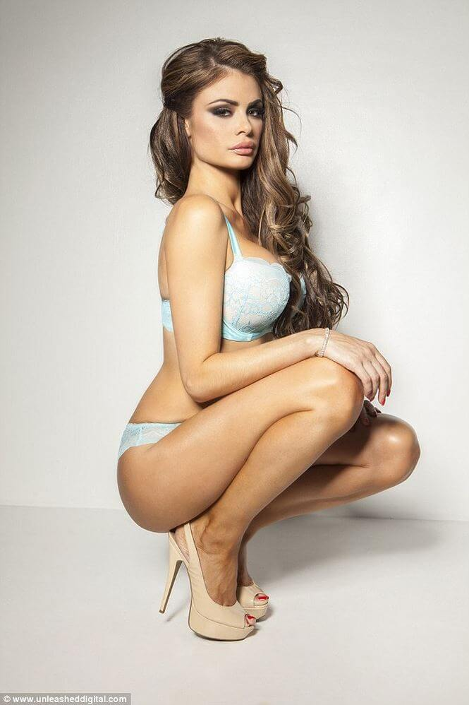Chloe Sims awesome