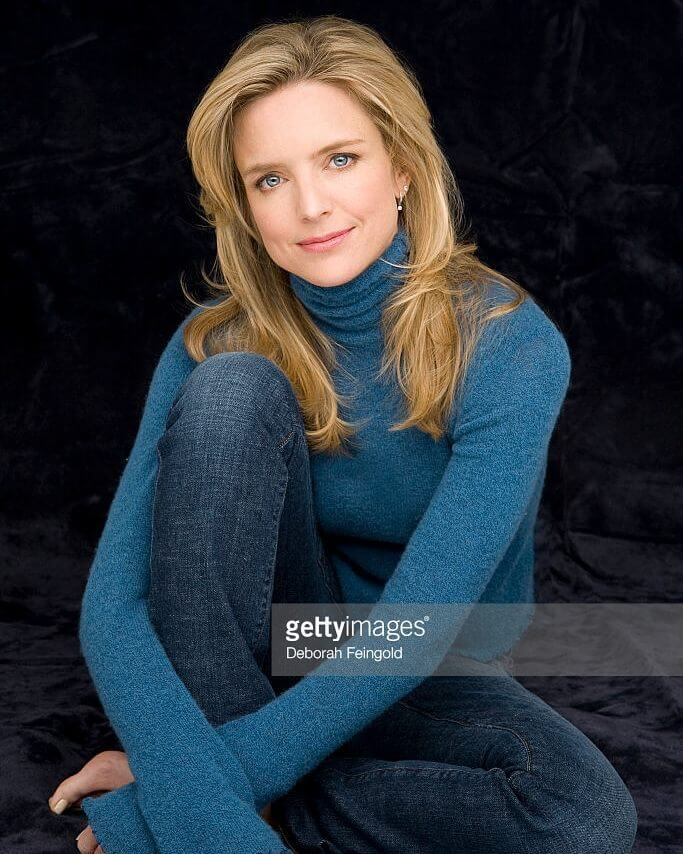 Courtney Thorne-Smith awesome pic