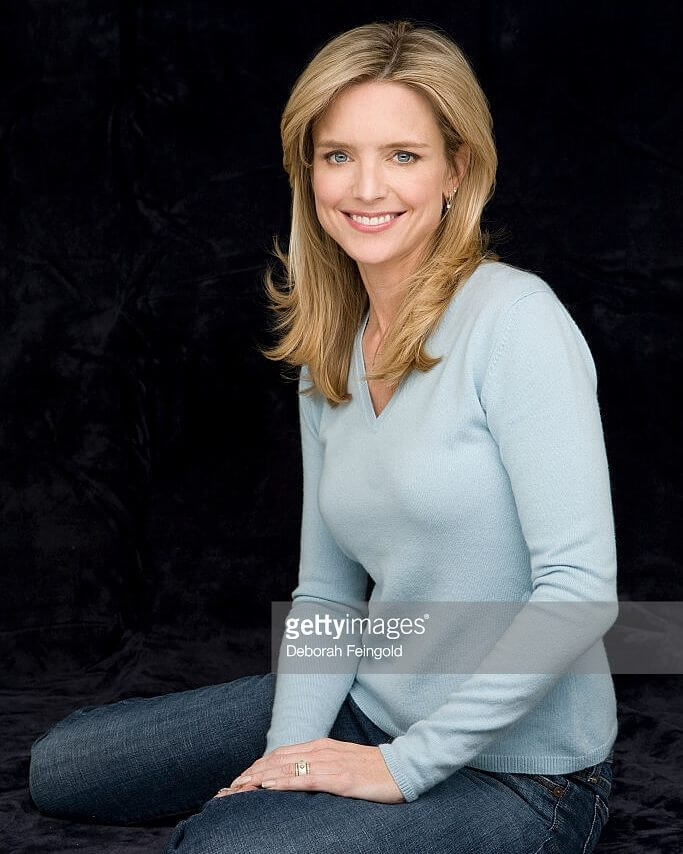 Courtney Thorne-Smith hot side pic
