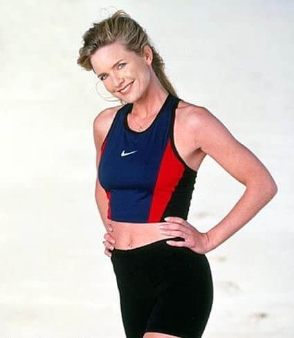 Courtney Thorne-Smith hot side picture
