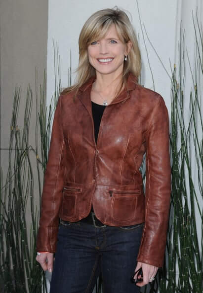 Courtney Thorne-Smith sexy pics