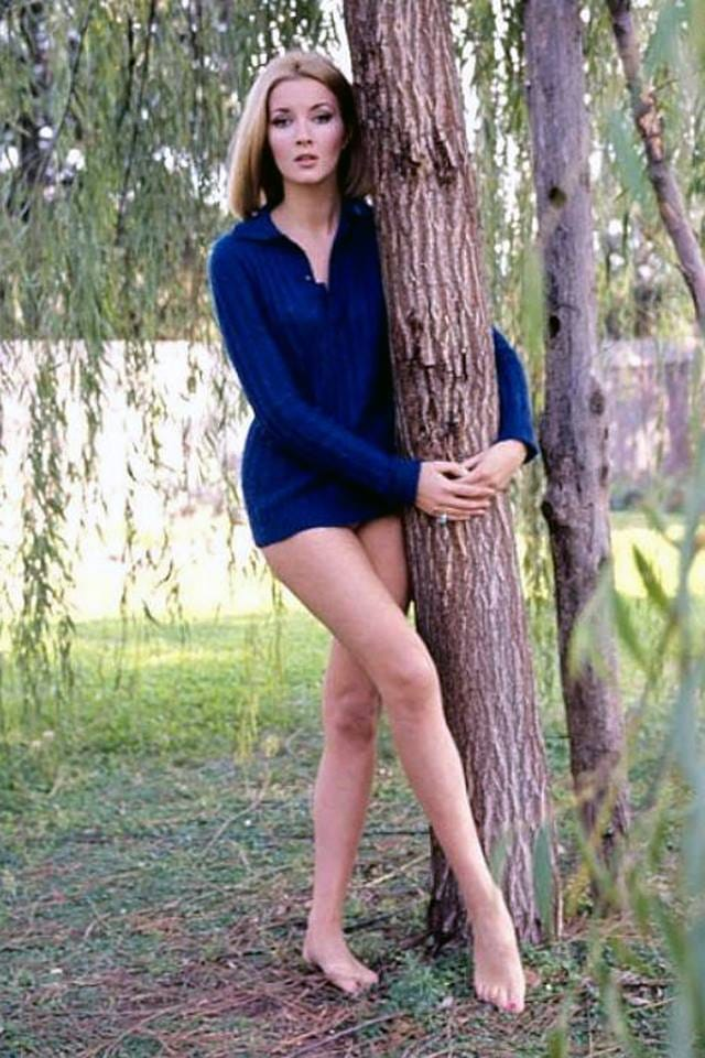 Daniela Bianchi Hot in SHort Dress