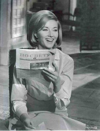 Daniela Bianchi Reading Newspaper