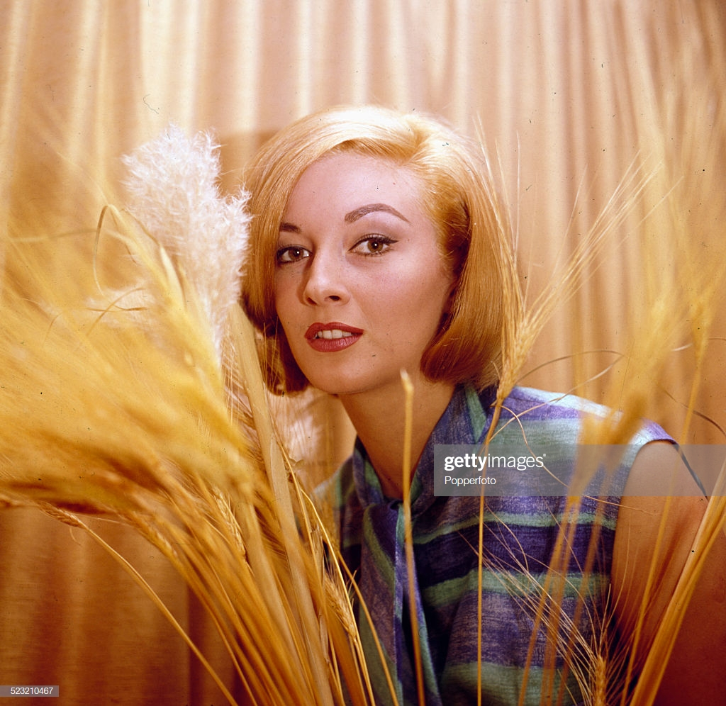 Daniela Bianchi on Photoshoot Pics