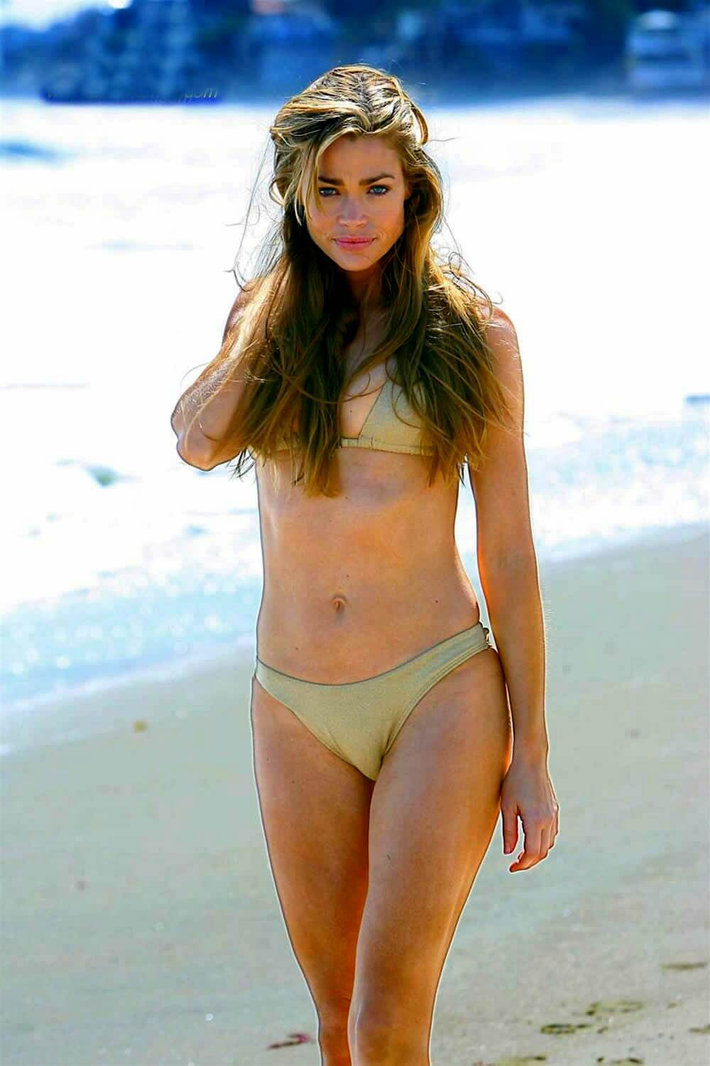 Denise richards Hot in Golden Bikini