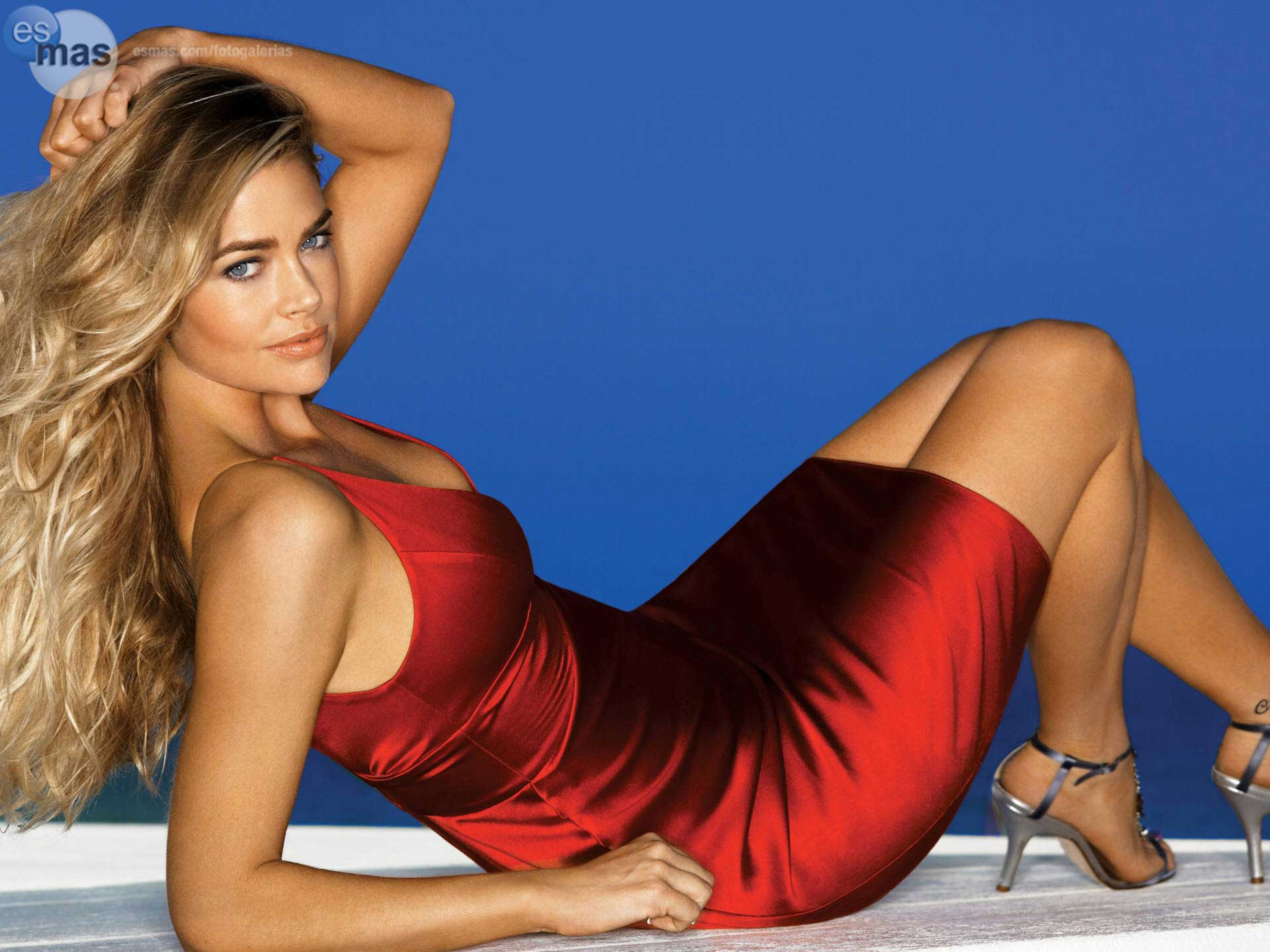 Denise richards Hot in Red Dress