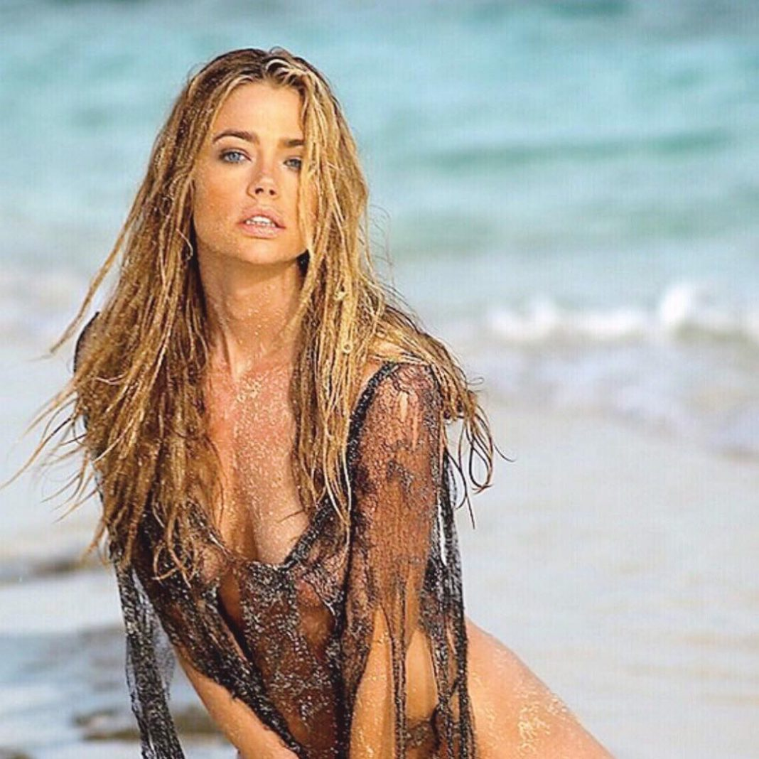 Free preview of denise richards naked in denise richards