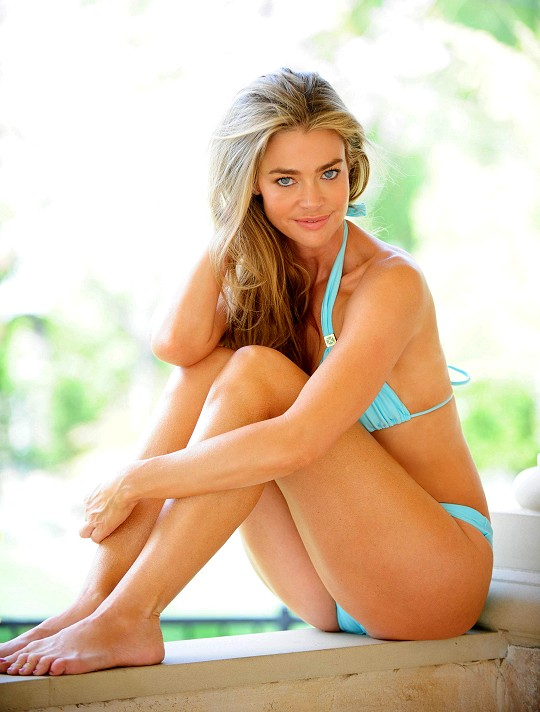 Denise richards Sexy Ass
