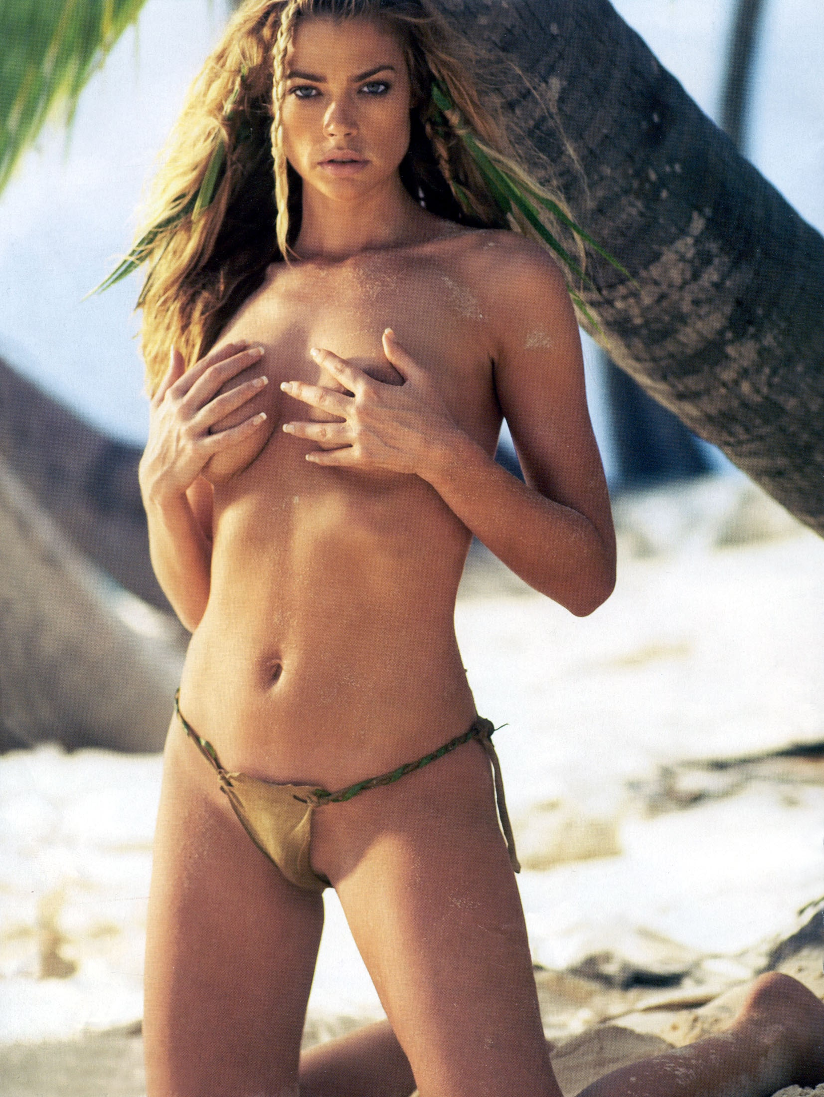 Denise richards Topless
