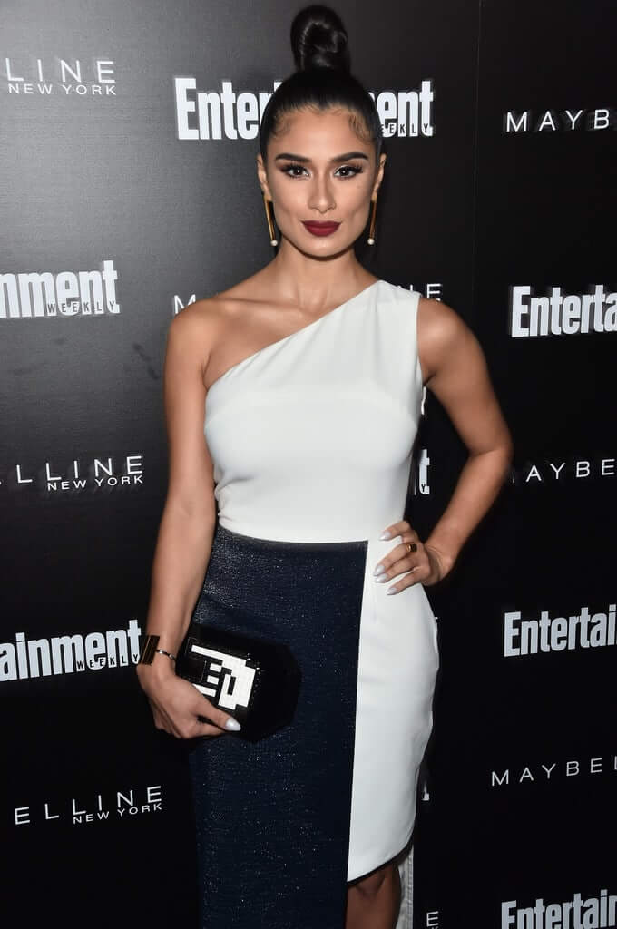 49 Sexy Diane Guerrero Boobs Pictures Will Bring A Big Smile On Your Face