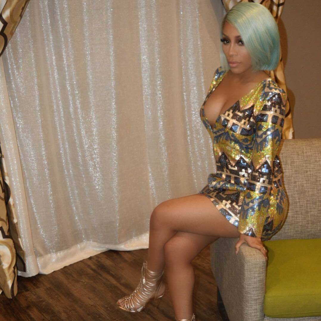 K. Michelle hot thighs pic