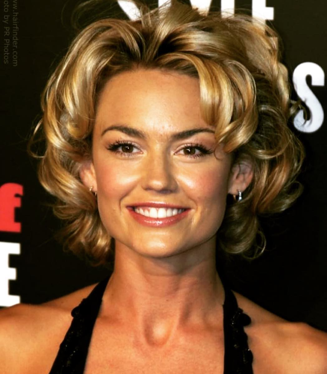49 Hot Pictures Of Kelly Carlson Which Will Make You