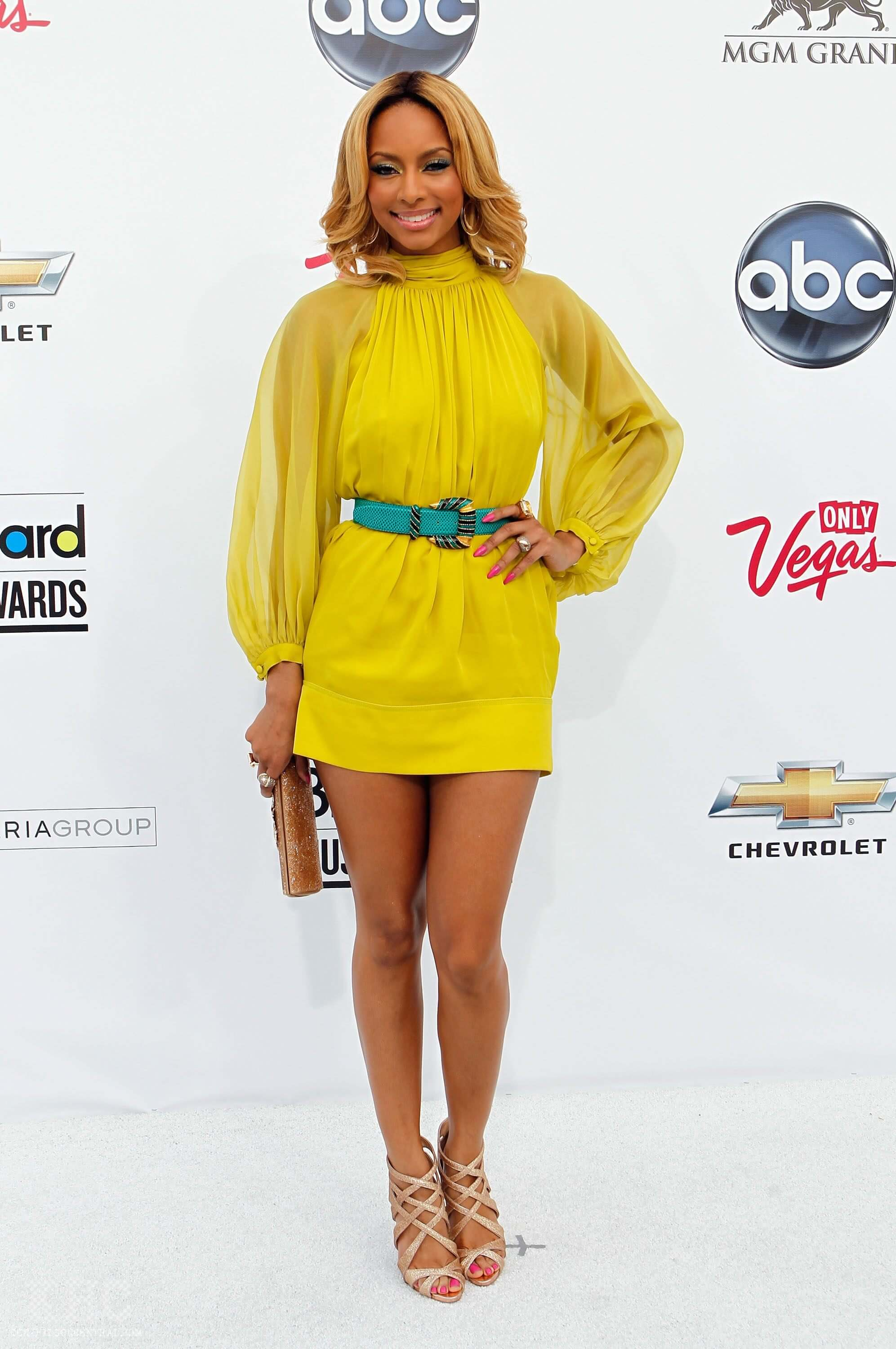 Keri Hilson sexy yellow dress