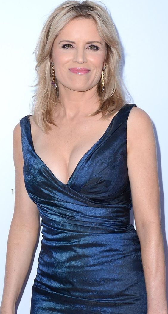 Kim Dickens Hot Dress